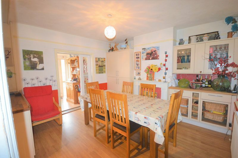 3 bed house for sale in Yeovil  - Property Image 4