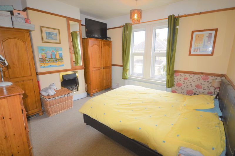 3 bed house for sale in Yeovil  - Property Image 6