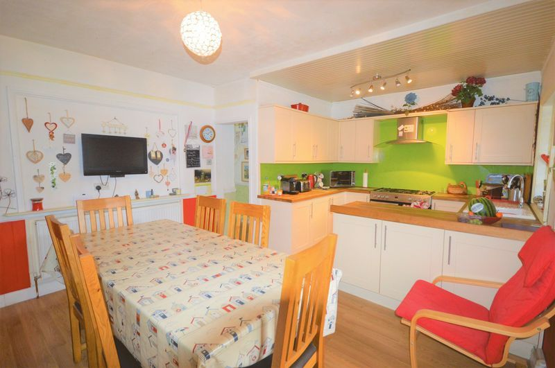 3 bed house for sale in Yeovil  - Property Image 10