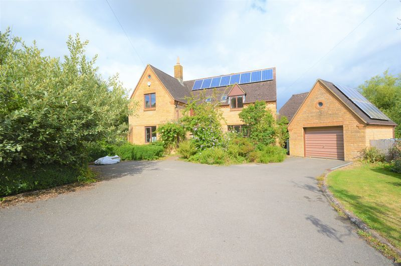 4 bed house to rent in Chiselborough, Stoke-Sub-Hamdon, TA14