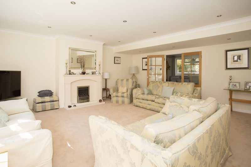 6 bed house for sale in Southwoods, Yeovil  - Property Image 10