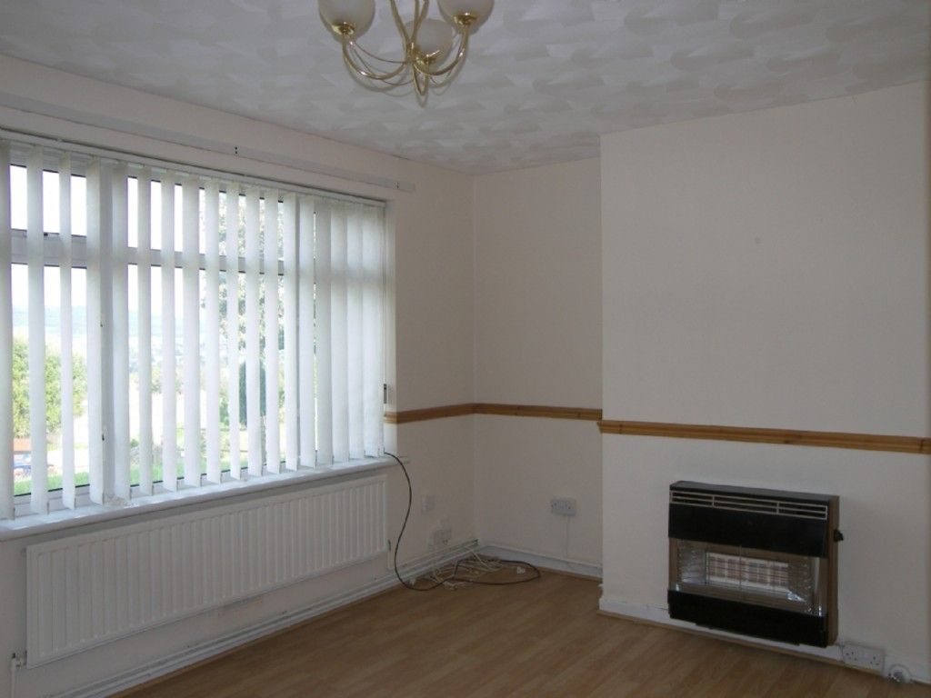 2 bed flat to rent in Kingdon Owen Road, Cimla, SA11