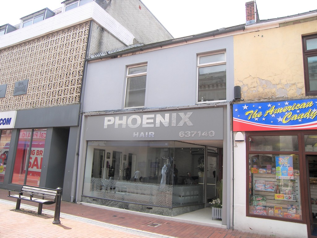 1 bed flat to rent in 36a Queen Street, Neath