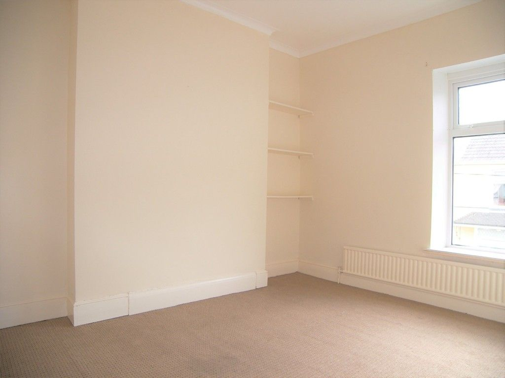 3 bed house to rent in Thomas Terrace, Resolven  - Property Image 12