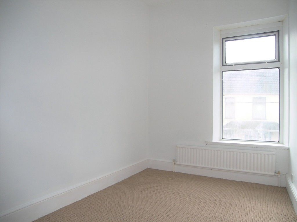 3 bed house to rent in Thomas Terrace, Resolven  - Property Image 13