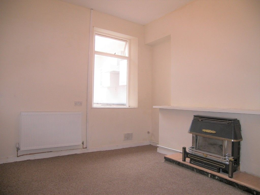 3 bed house to rent in Thomas Terrace, Resolven 6