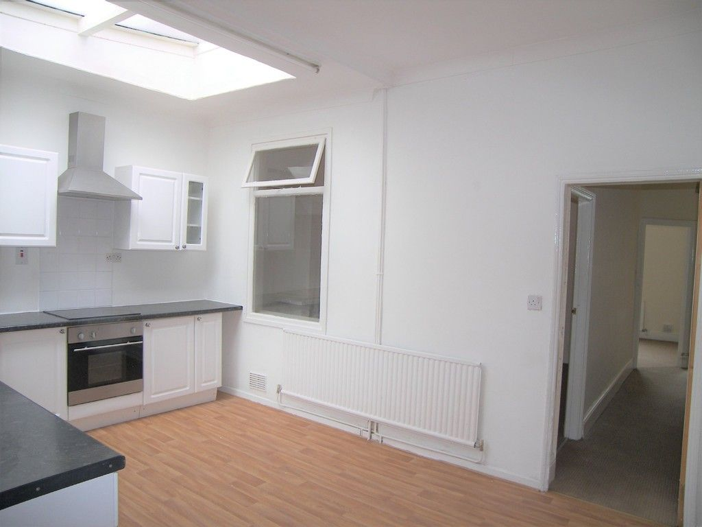 3 bed house to rent in Thomas Terrace, Resolven 7