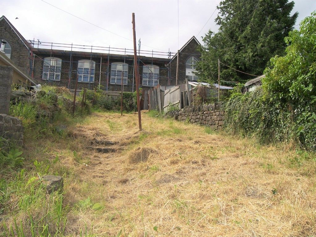 2 bed house for sale in Neath Road, Plasmarl  - Property Image 11