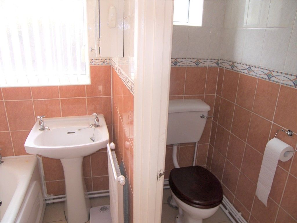 2 bed house for sale in Neath Road, Plasmarl 6