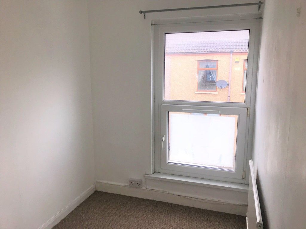 3 bed house to rent in Borough Street, Port Talbot 8