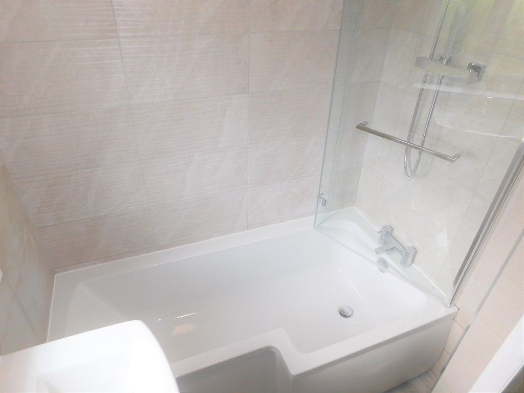 2 bed house for sale in Chamberlain Road, Neath 11