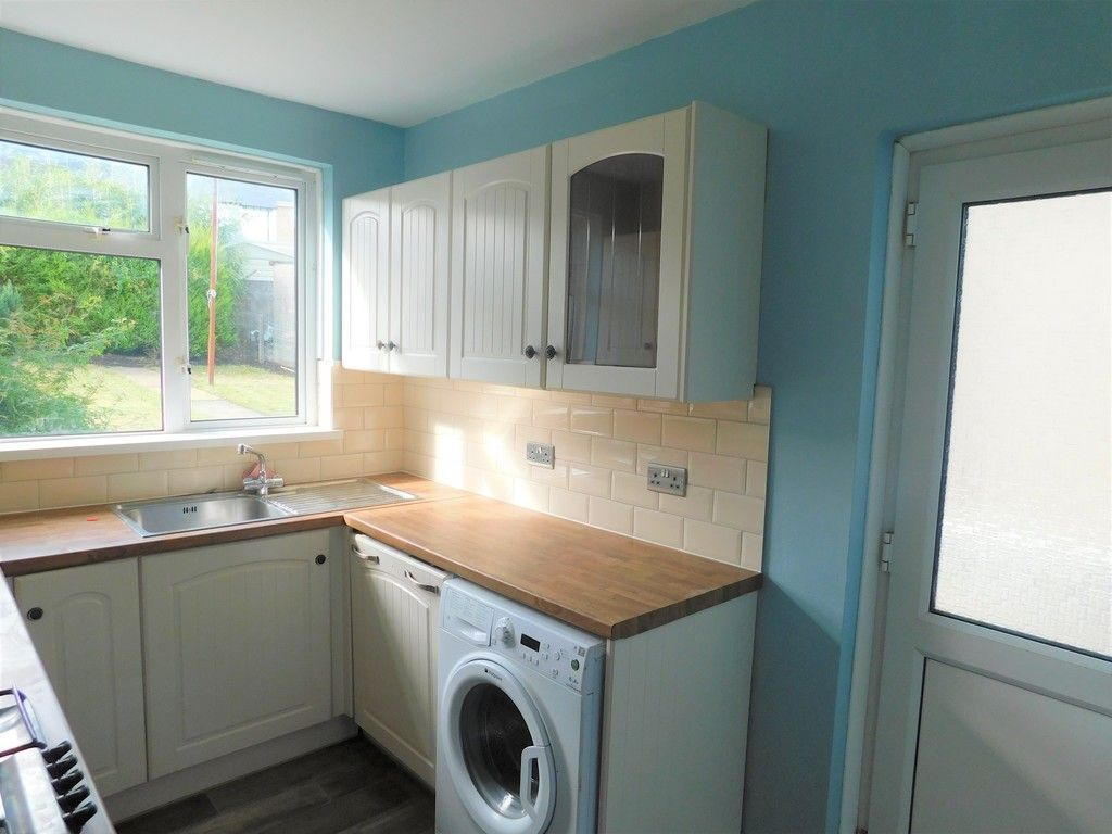2 bed house for sale in Chamberlain Road, Neath 6