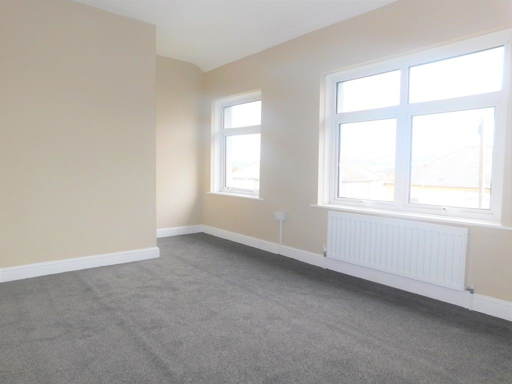 2 bed house for sale in Chamberlain Road, Neath 9
