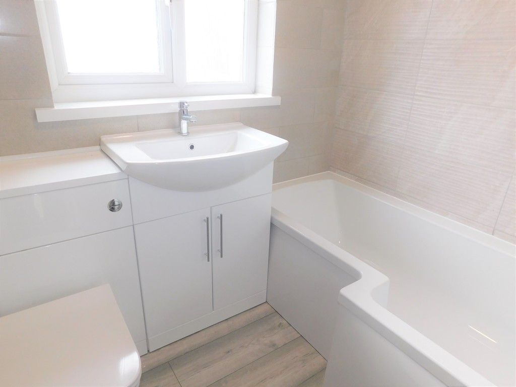 2 bed house for sale in Chamberlain Road, Neath 10