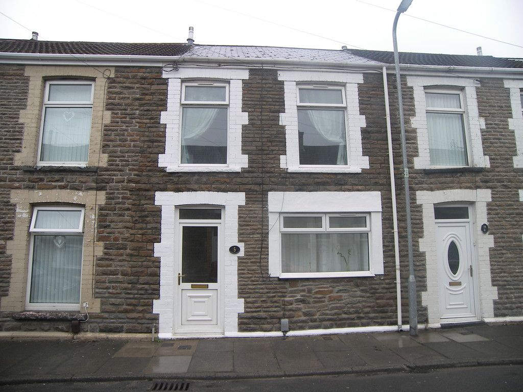 2 bed house to rent in Penrhiwtyn Street, Neath, SA11