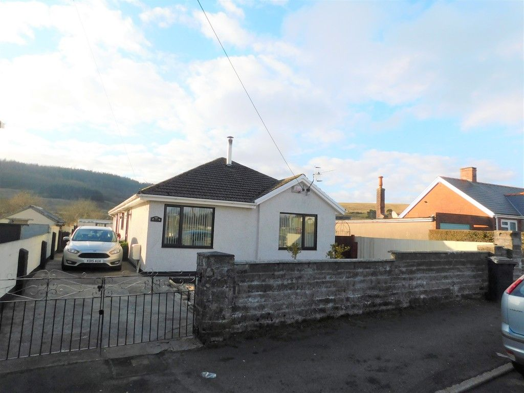 3 bed bungalow for sale in Main Road, Dyffryn Cellwen, Neath, SA10