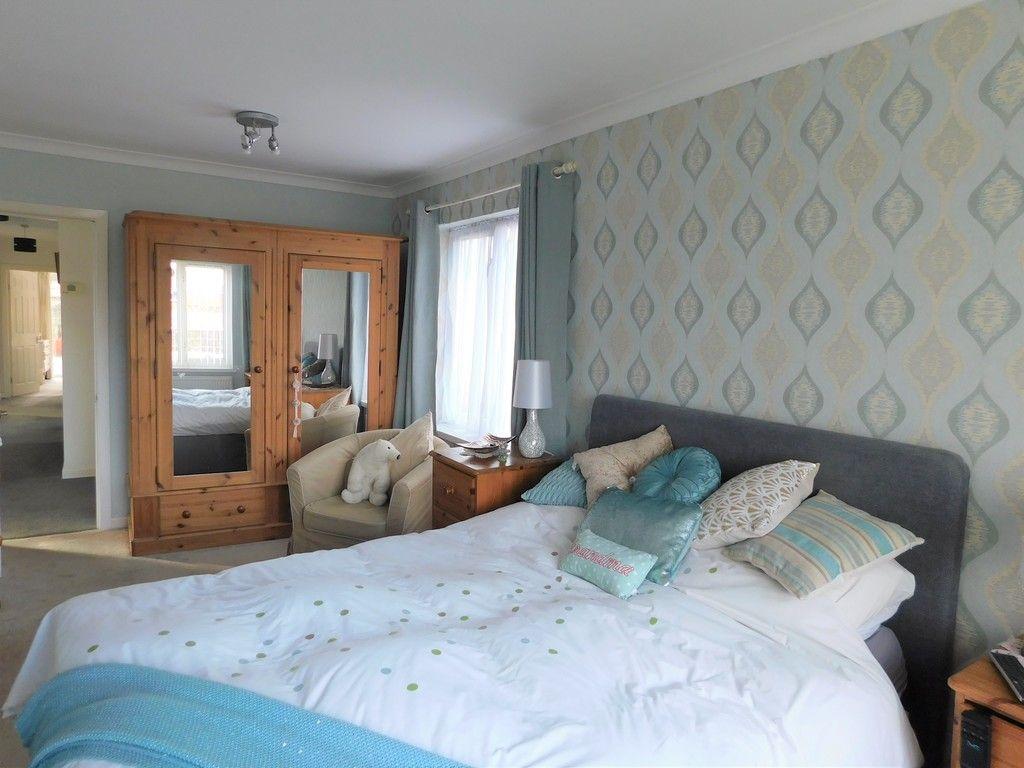 3 bed bungalow for sale in Main Road, Dyffryn Cellwen, Neath  - Property Image 14