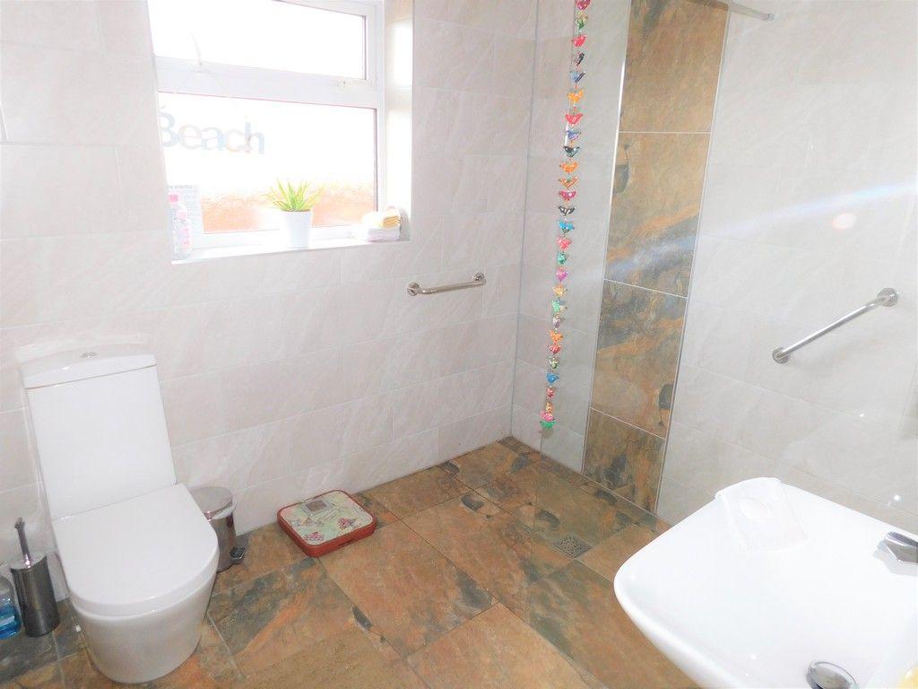 3 bed bungalow for sale in Main Road, Dyffryn Cellwen, Neath  - Property Image 15