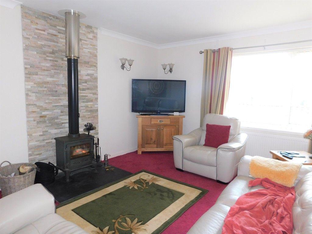 3 bed bungalow for sale in Main Road, Dyffryn Cellwen, Neath  - Property Image 3
