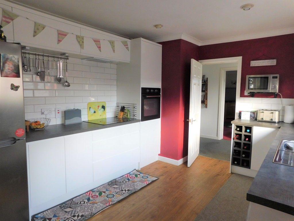 3 bed bungalow for sale in Main Road, Dyffryn Cellwen, Neath  - Property Image 9