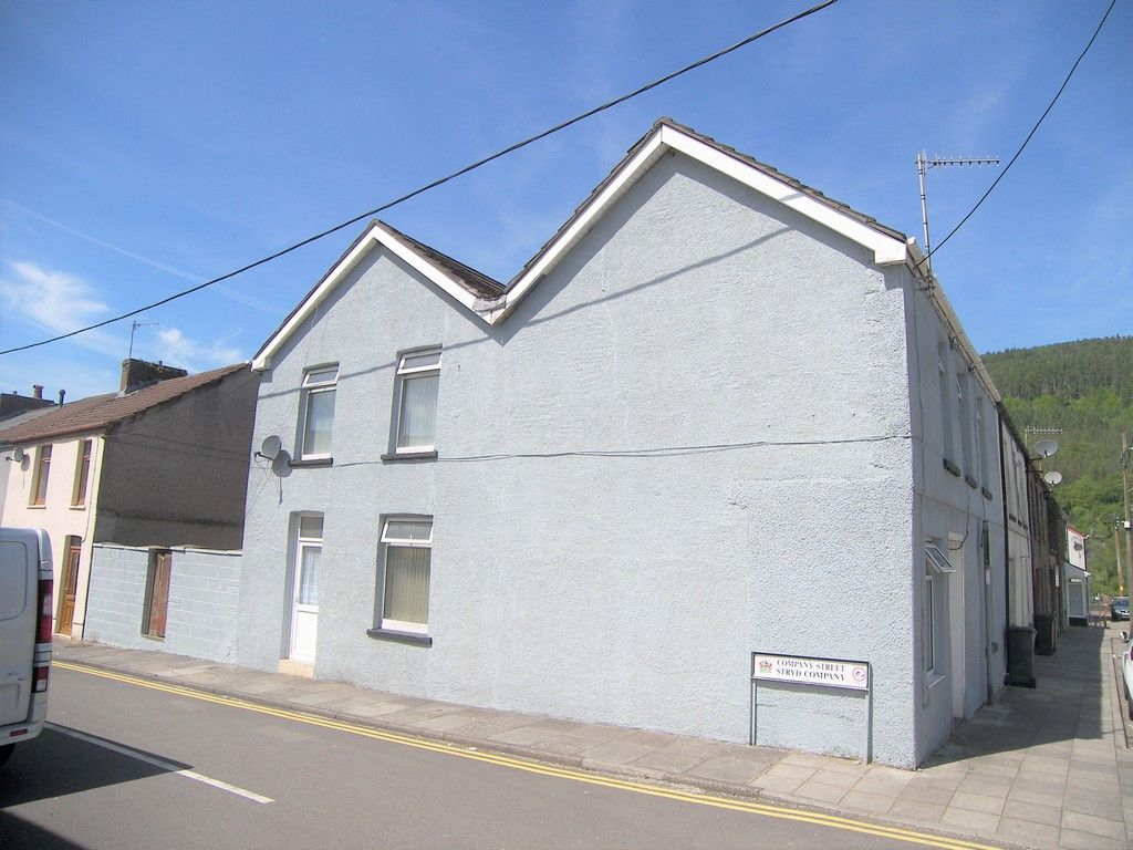 4 bed house for sale in Commercial Road, Resolven, Neath 2