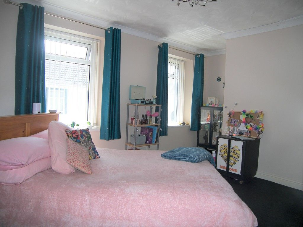 4 bed house for sale in Commercial Road, Resolven, Neath  - Property Image 12