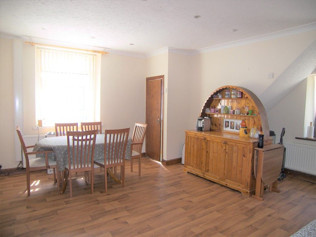 4 bed house for sale in Commercial Road, Resolven, Neath 7