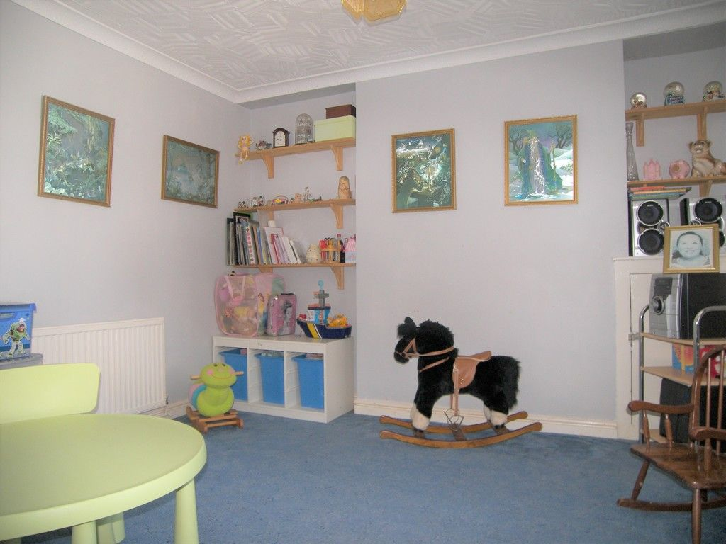 4 bed house for sale in Commercial Road, Resolven, Neath 8