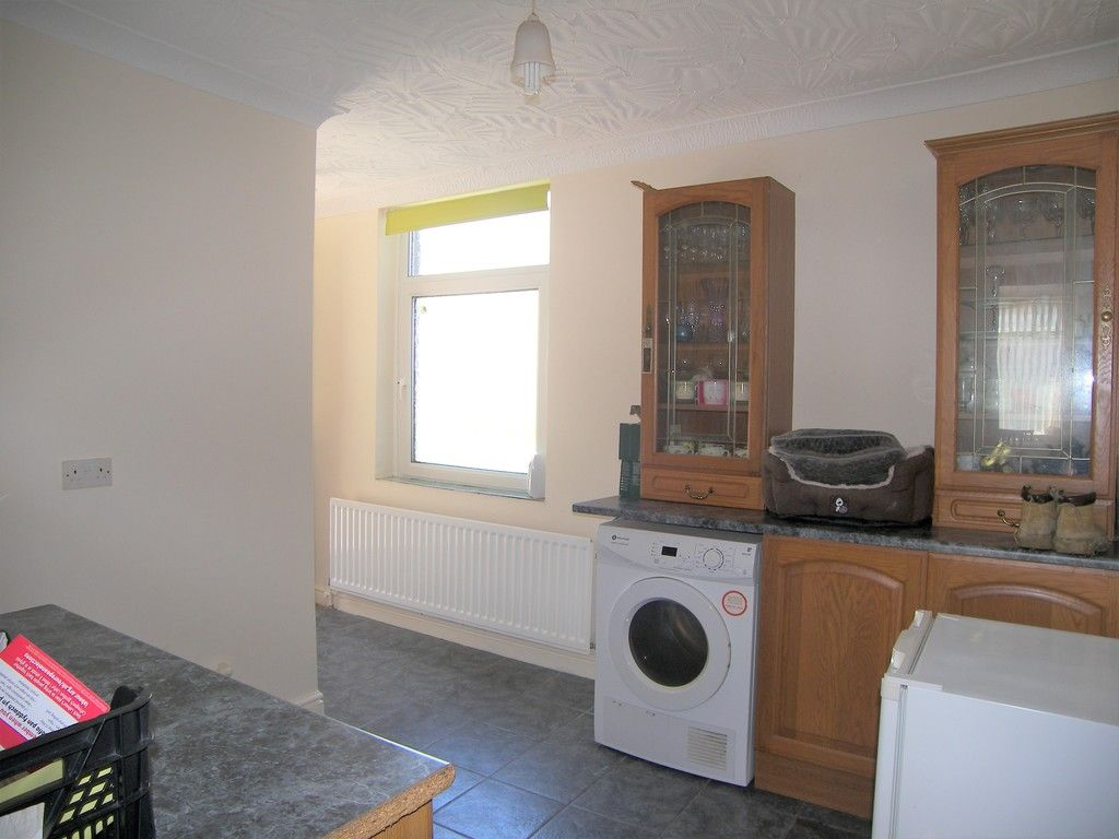 4 bed house for sale in Commercial Road, Resolven, Neath 9