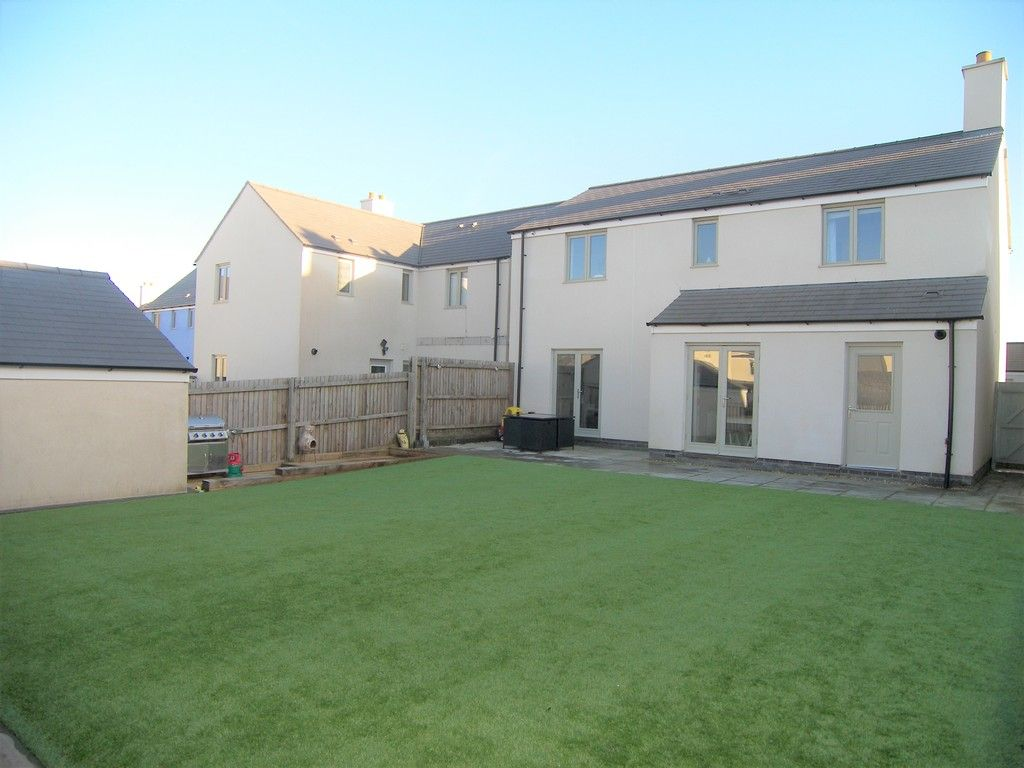 4 bed house for sale in Heathland Way, Llandarcy 22