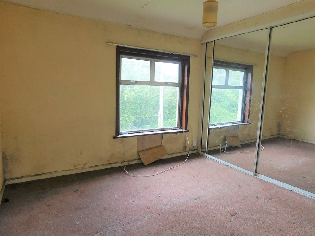 3 bed house for sale in Longford Road, Neath 7