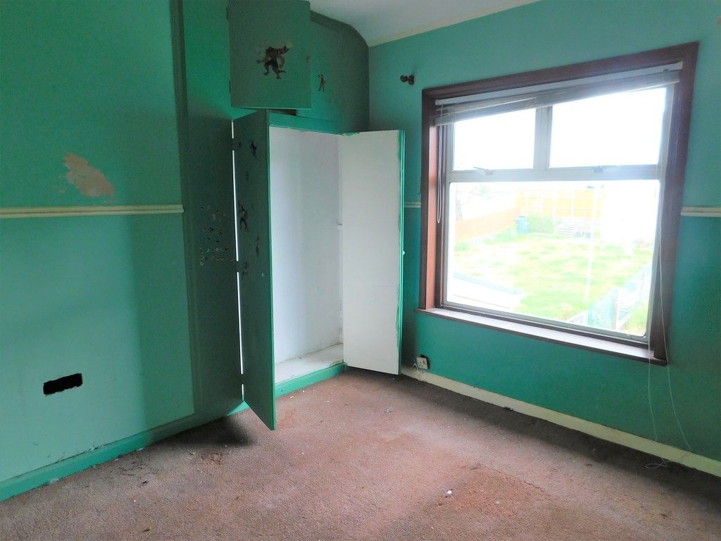 3 bed house for sale in Longford Road, Neath  - Property Image 8