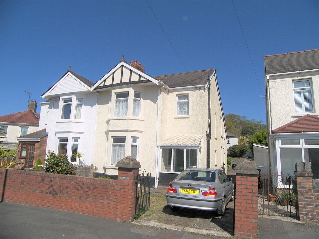 3 bed house for sale in Pentwyn Baglan Road, Baglan, Port Talbot  - Property Image 1