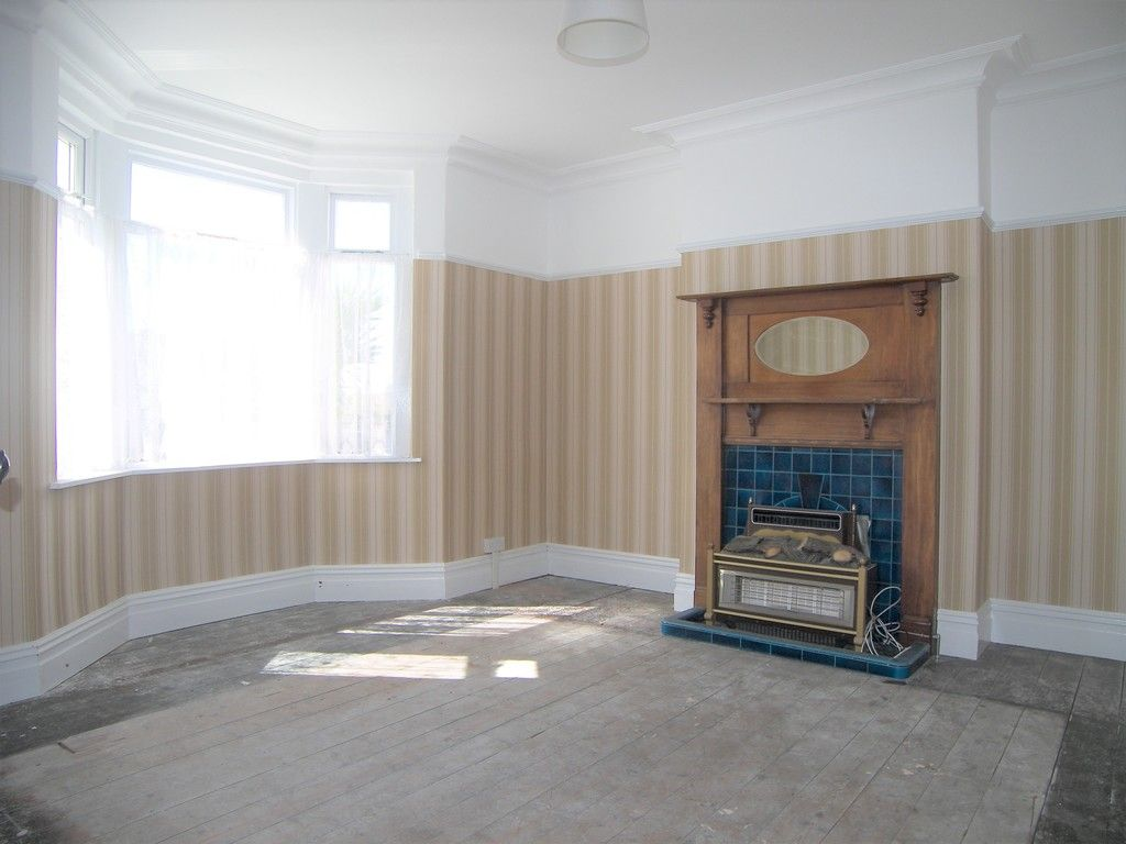 3 bed house for sale in Pentwyn Baglan Road, Baglan, Port Talbot  - Property Image 2