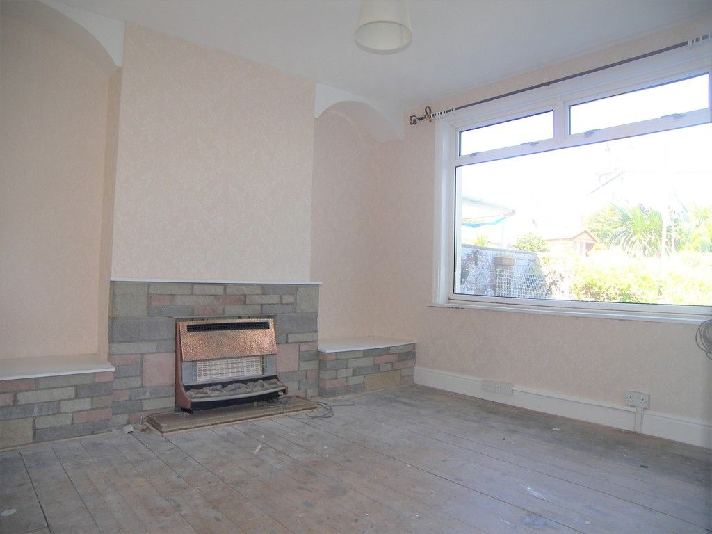 3 bed house for sale in Pentwyn Baglan Road, Baglan, Port Talbot  - Property Image 3