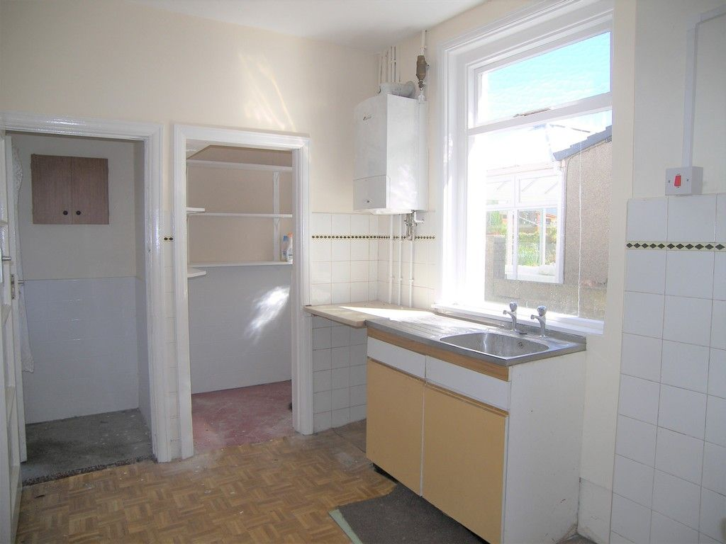 3 bed house for sale in Pentwyn Baglan Road, Baglan, Port Talbot 4