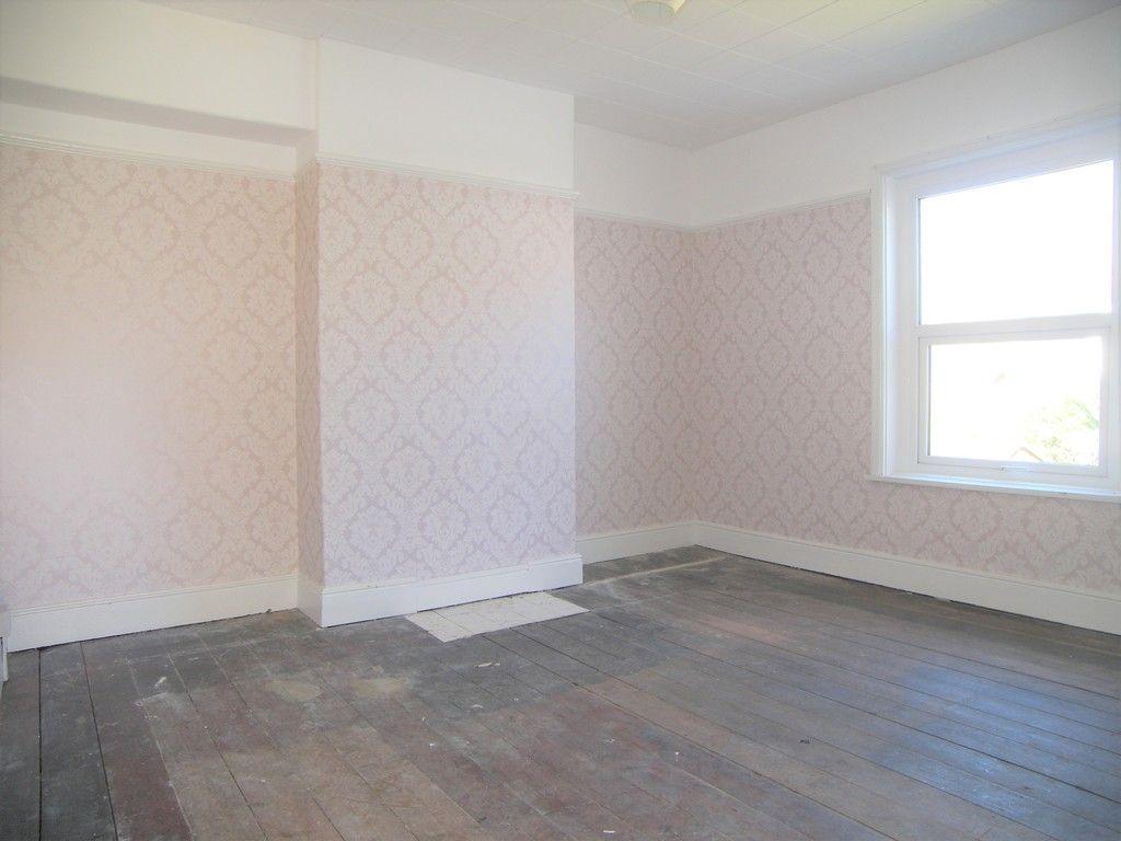 3 bed house for sale in Pentwyn Baglan Road, Baglan, Port Talbot  - Property Image 9