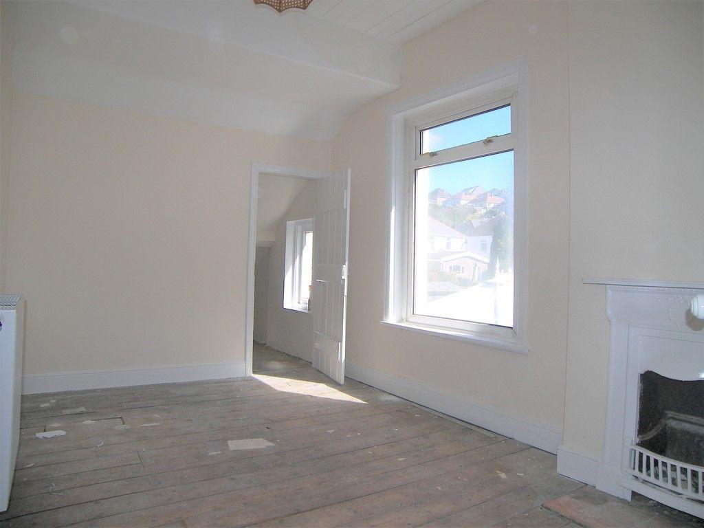 3 bed house for sale in Pentwyn Baglan Road, Baglan, Port Talbot  - Property Image 10