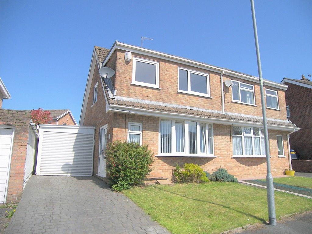 3 bed house to rent in Tyn Y Cae, Pontardawe, Swansea, SA8