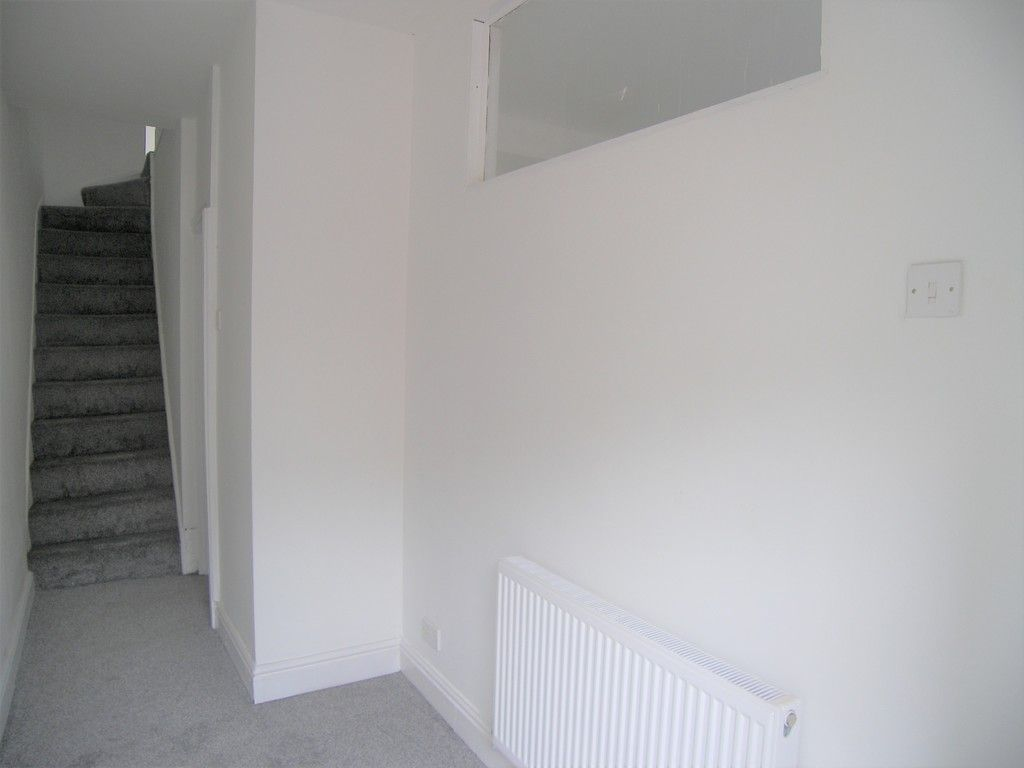 3 bed house for sale in Neath Road, Briton Ferry, Neath  - Property Image 2