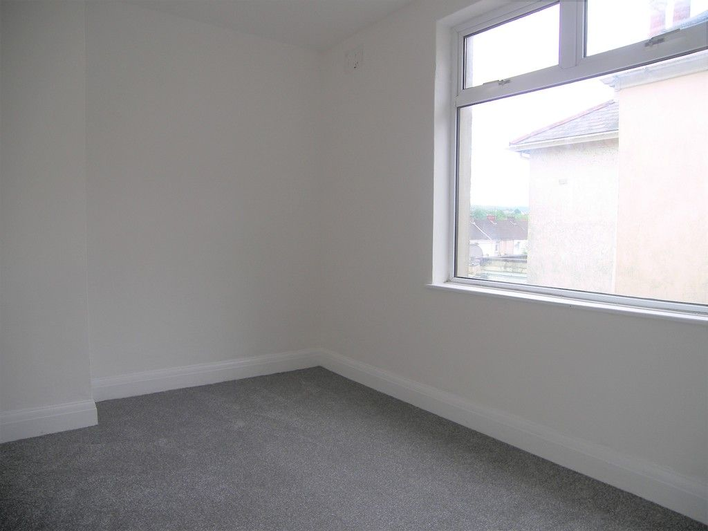 3 bed house for sale in Neath Road, Briton Ferry, Neath  - Property Image 10
