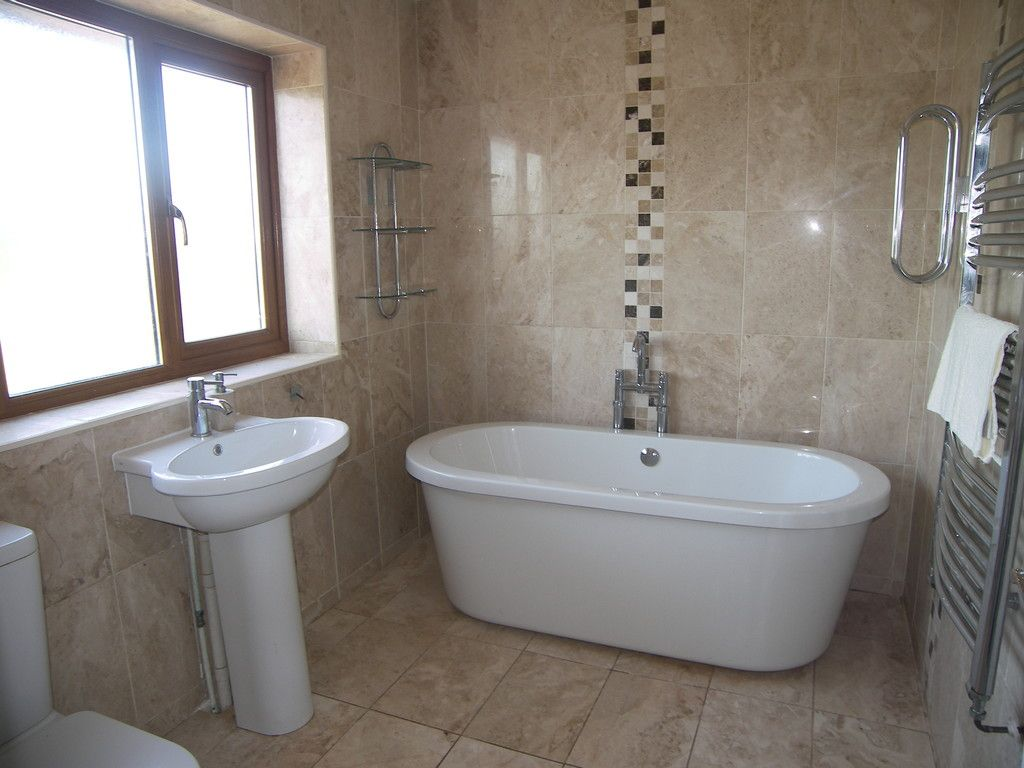 4 bed house for sale in Clos Caegwenith, Tonna, Neath  - Property Image 15