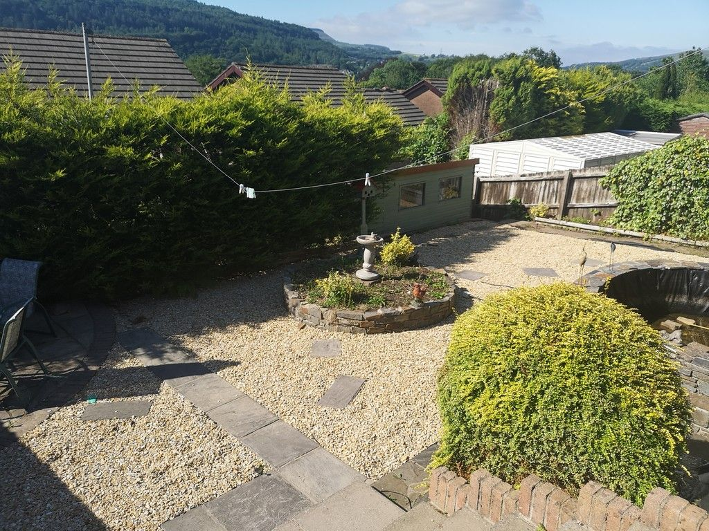 4 bed house for sale in Clos Caegwenith, Tonna, Neath 16