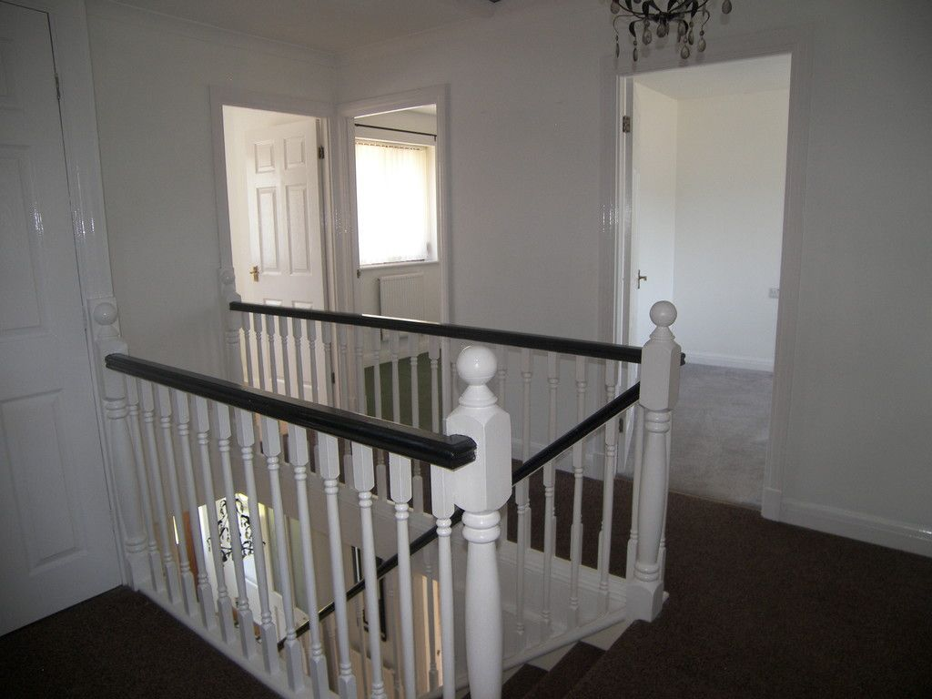 4 bed house for sale in Clos Caegwenith, Tonna, Neath 9