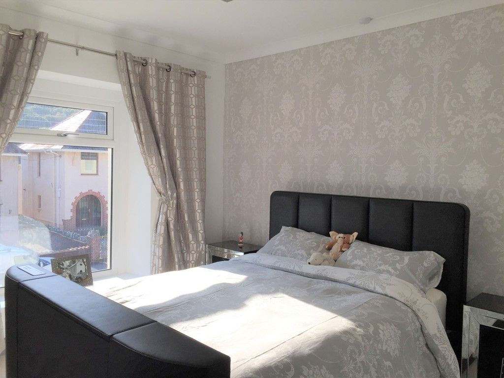 3 bed house for sale in Lone Road, Clydach, Swansea 11