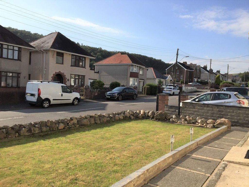 3 bed house for sale in Lone Road, Clydach, Swansea  - Property Image 28