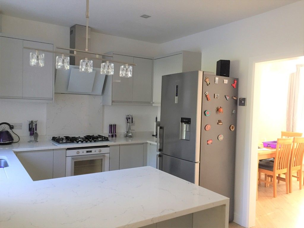 3 bed house for sale in Lone Road, Clydach, Swansea  - Property Image 9