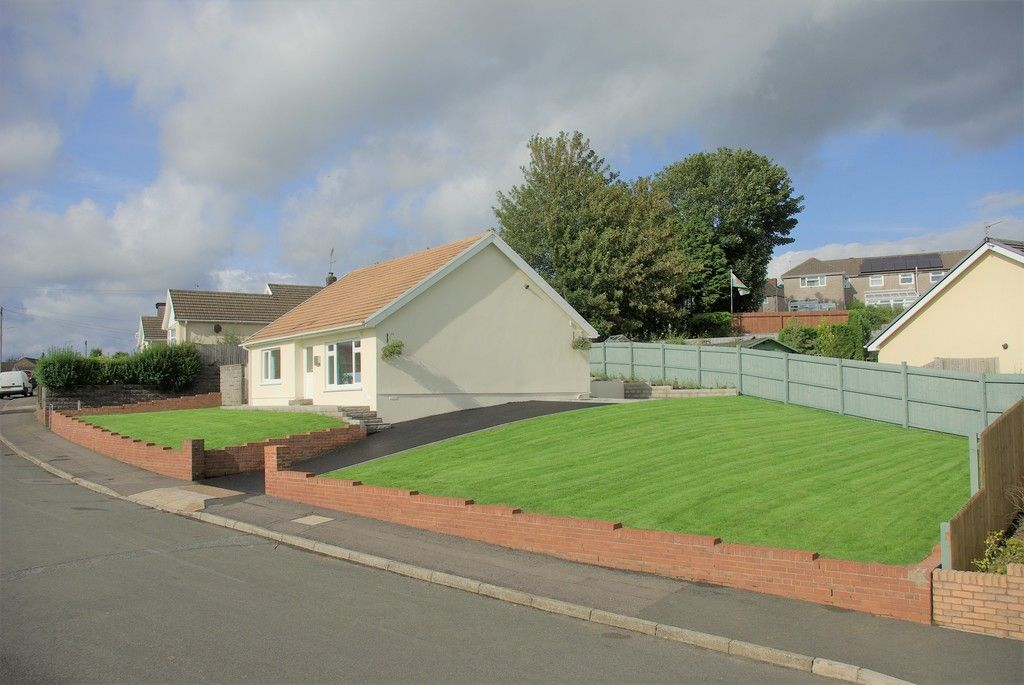 3 bed bungalow for sale in Glanbran Road, Birchgrove, Swansea, SA7