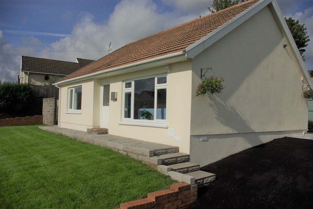 3 bed bungalow for sale in Glanbran Road, Birchgrove, Swansea 2