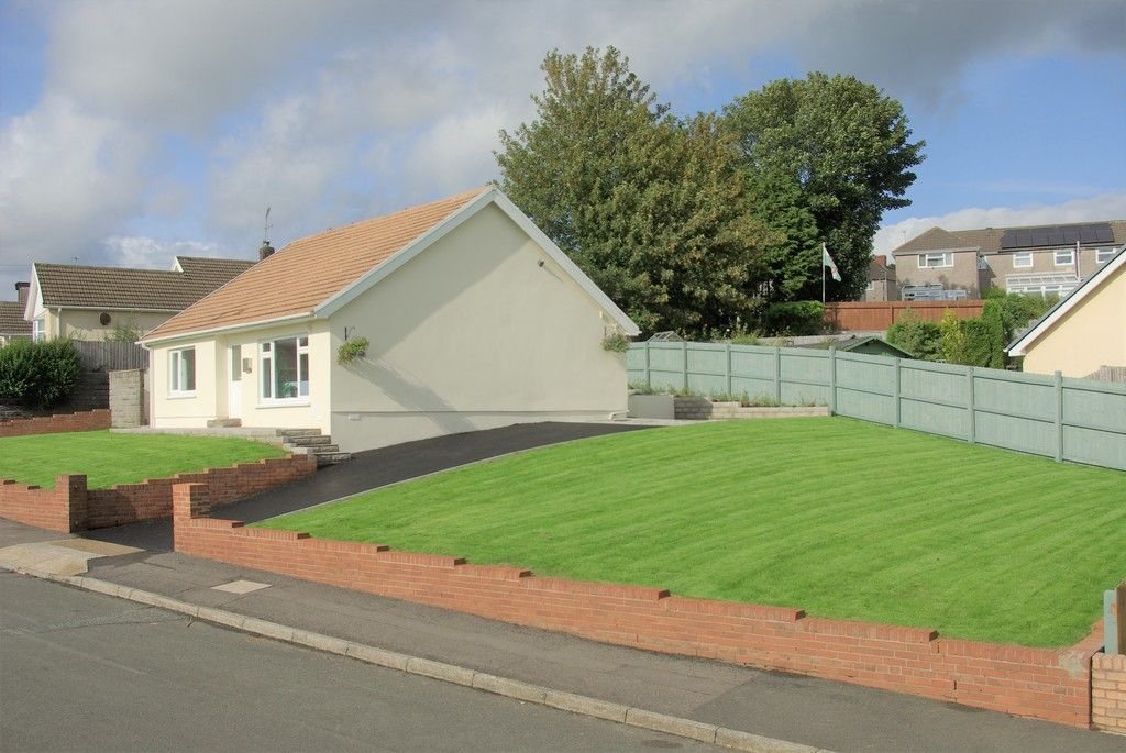 3 bed bungalow for sale in Glanbran Road, Birchgrove, Swansea  - Property Image 19